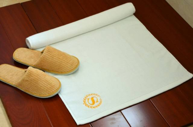 popular pure white floor towel on home or hotel