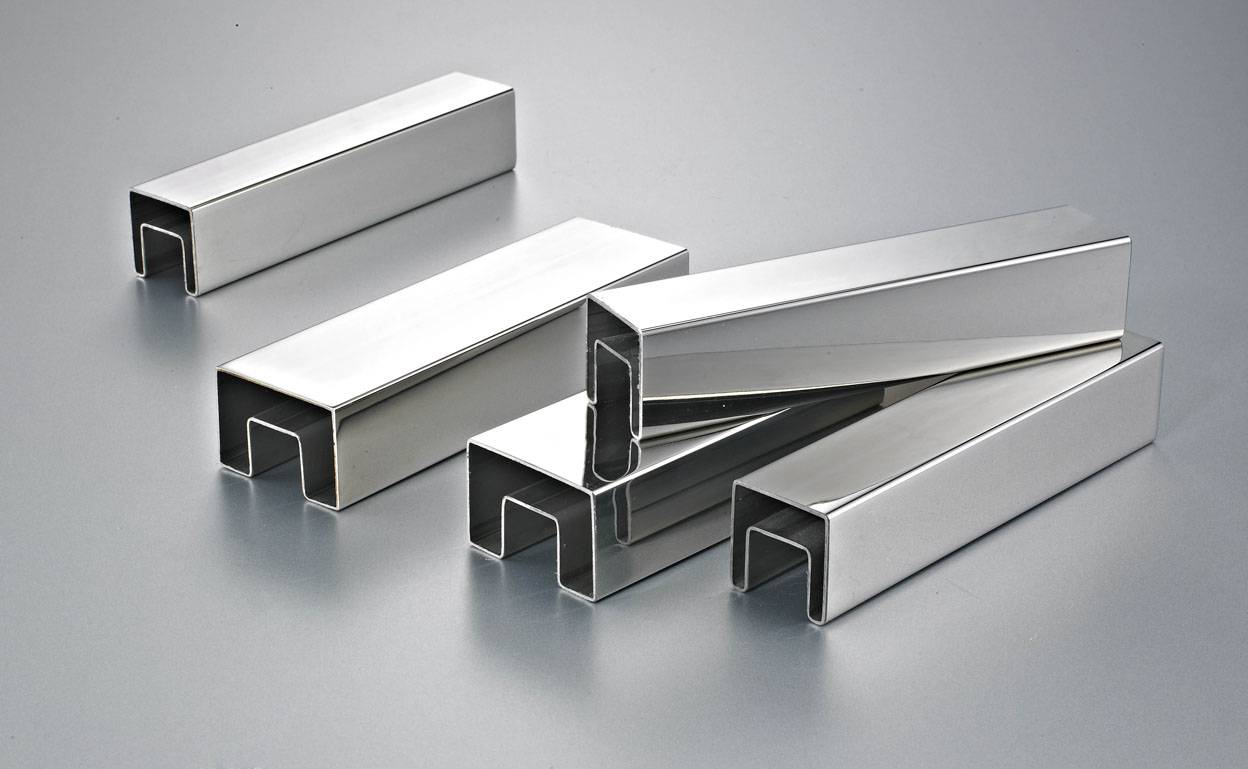 Stainless steel single-slot square tube