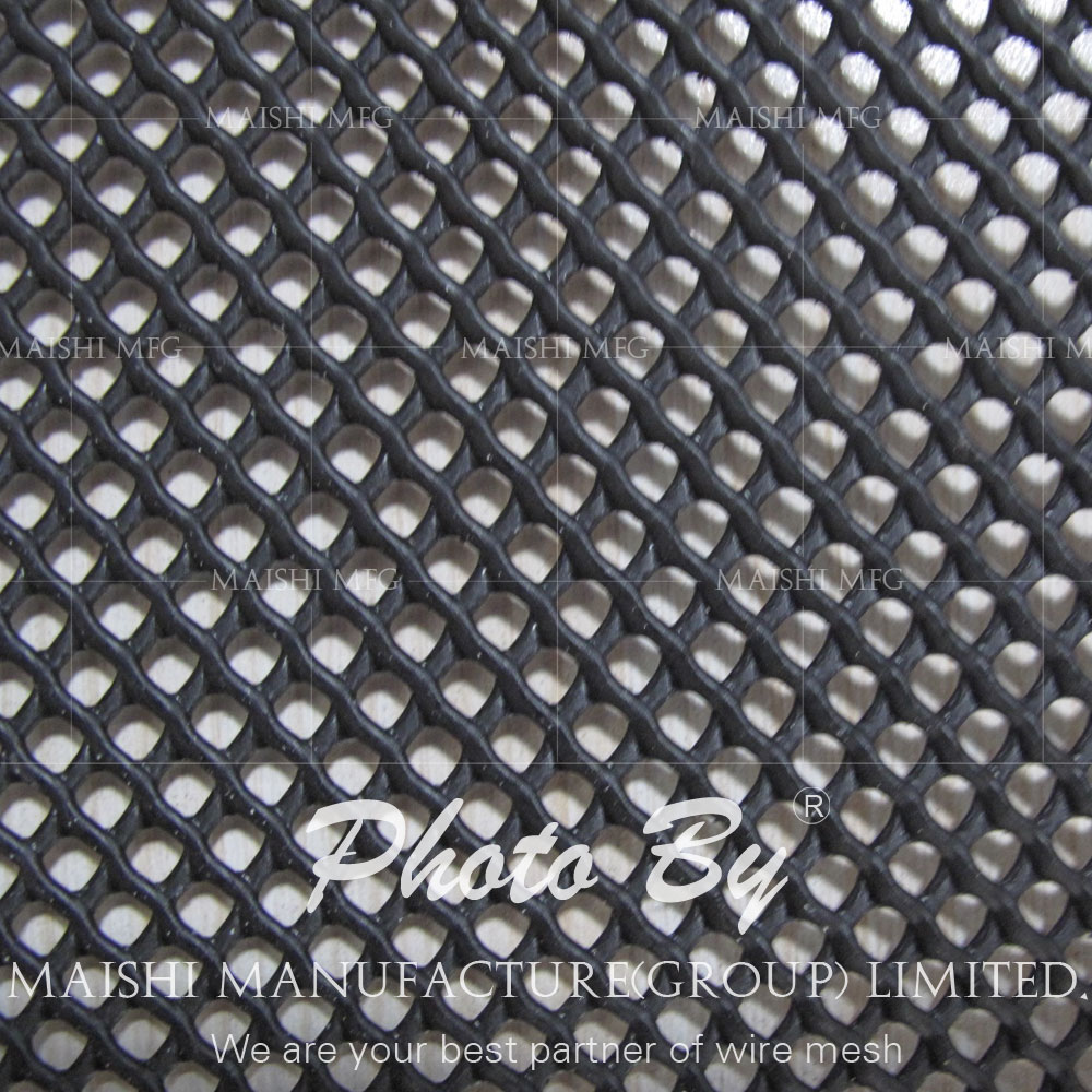 Rock shield heavy duty pipeline protection mesh