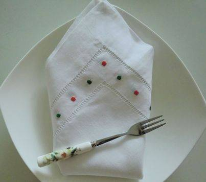 summer season color dots embroidery hemstitched linen table dinner napkin