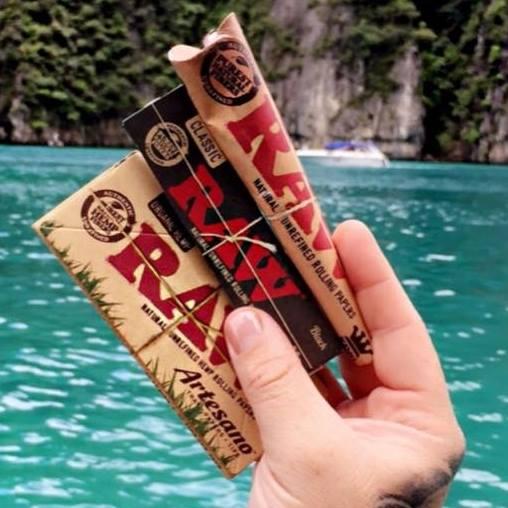 Premium Slim Raw Smoking Rolling Papers