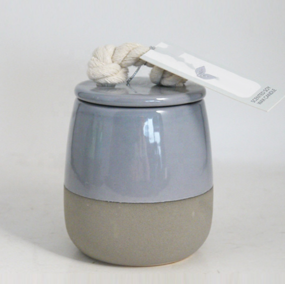 2019 HOT SELLING Scented soy wax candle with natural Cement finish ceramic pot wiht lid