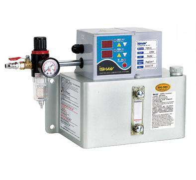 Spray mist lubrication system
