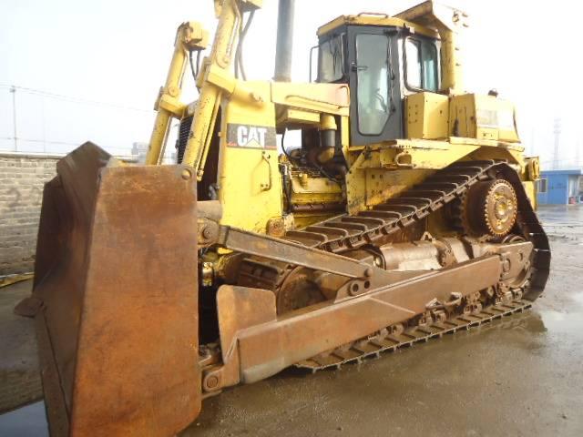CAT D9r bulldozer