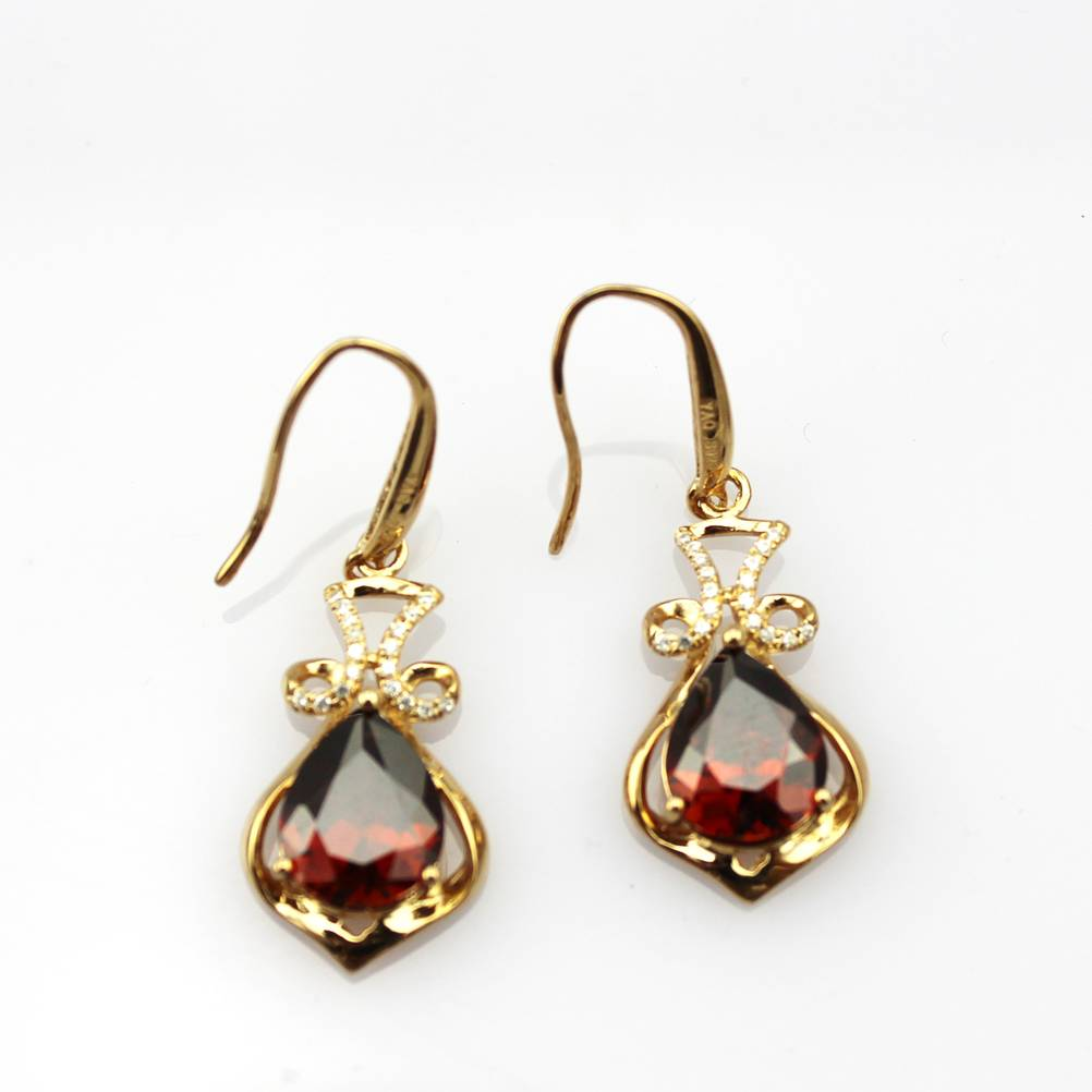 sterling silver with 18k rose gold plated red cz earrings (PSJ0600)