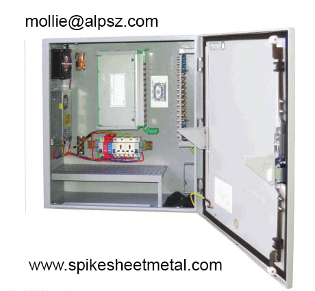 Outdoor integrated distribution box
