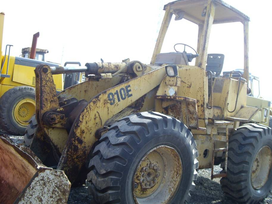 Used wheel loader 910E /good condition low price for sale