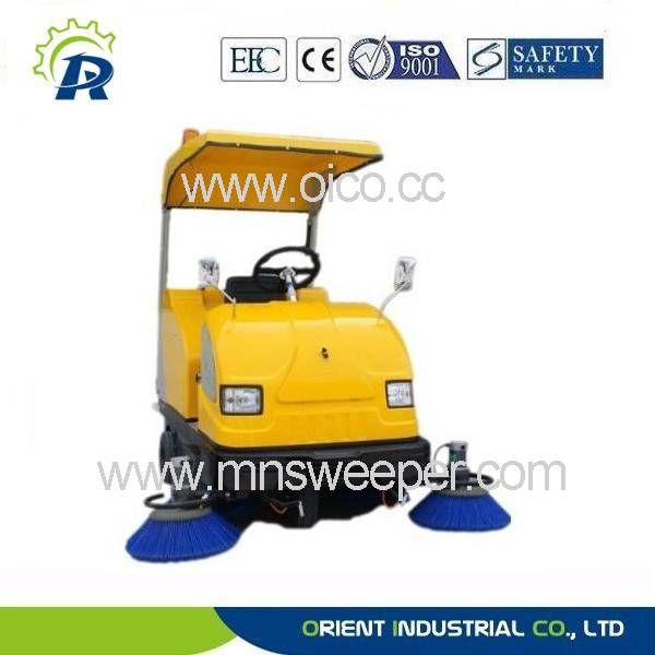 outdoors heavy load sweeper