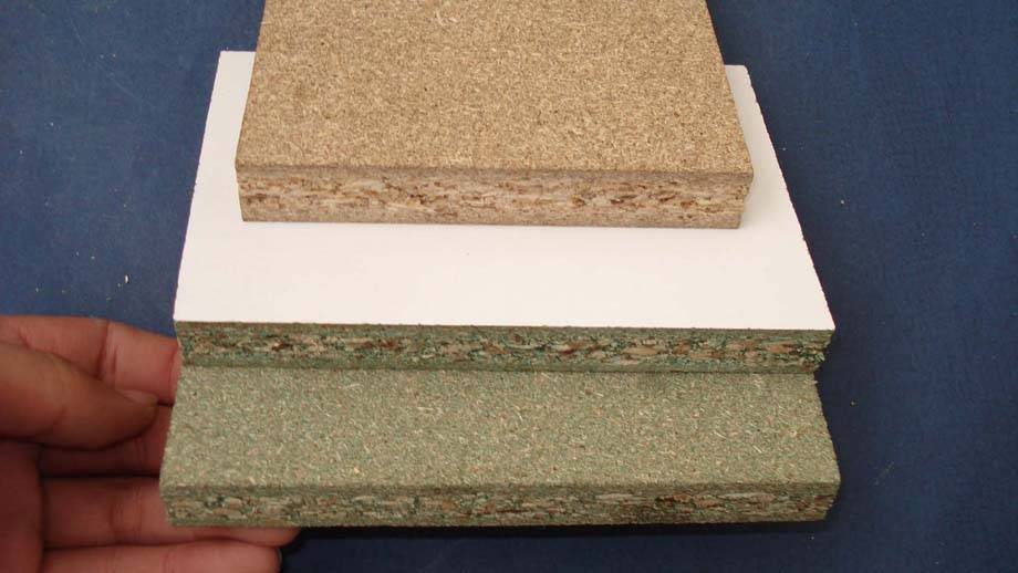 Particle plywood