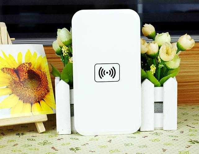 qi wireless induction charger for htc mobile phone charger