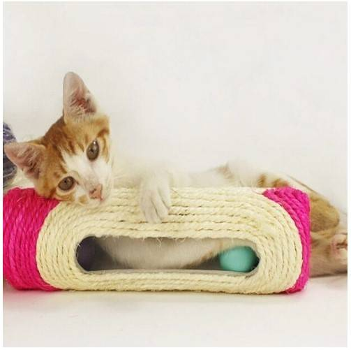 Pet Cat Kitten Kitty Toy Long Rolling Sisal Scratching Scratch Post Trapped Ball