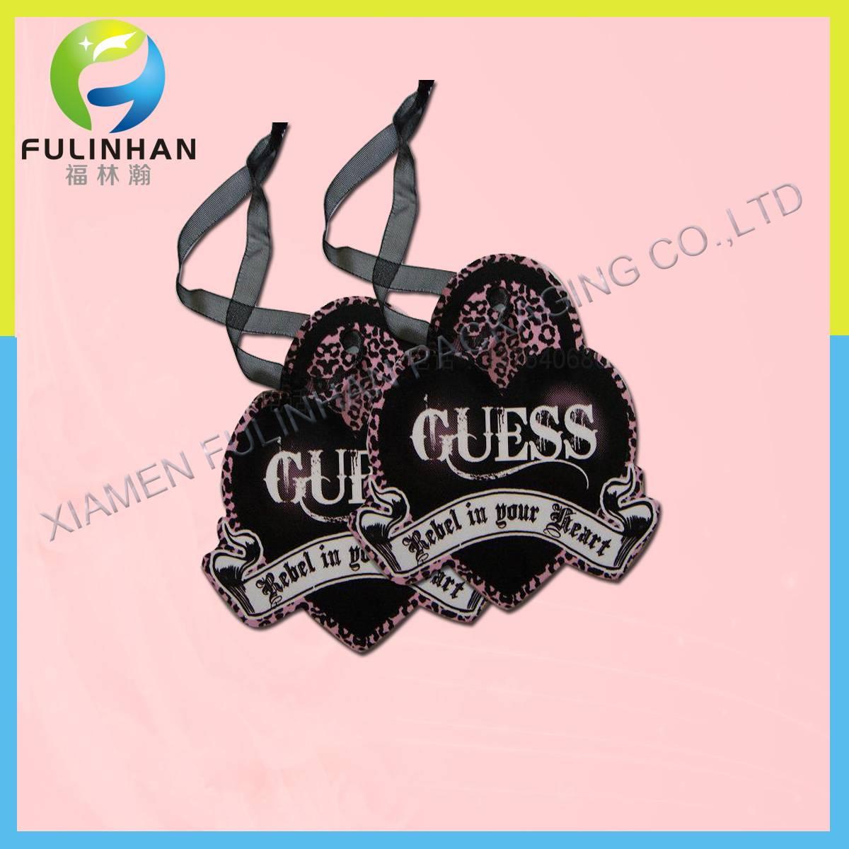 Custom clothing hangtags