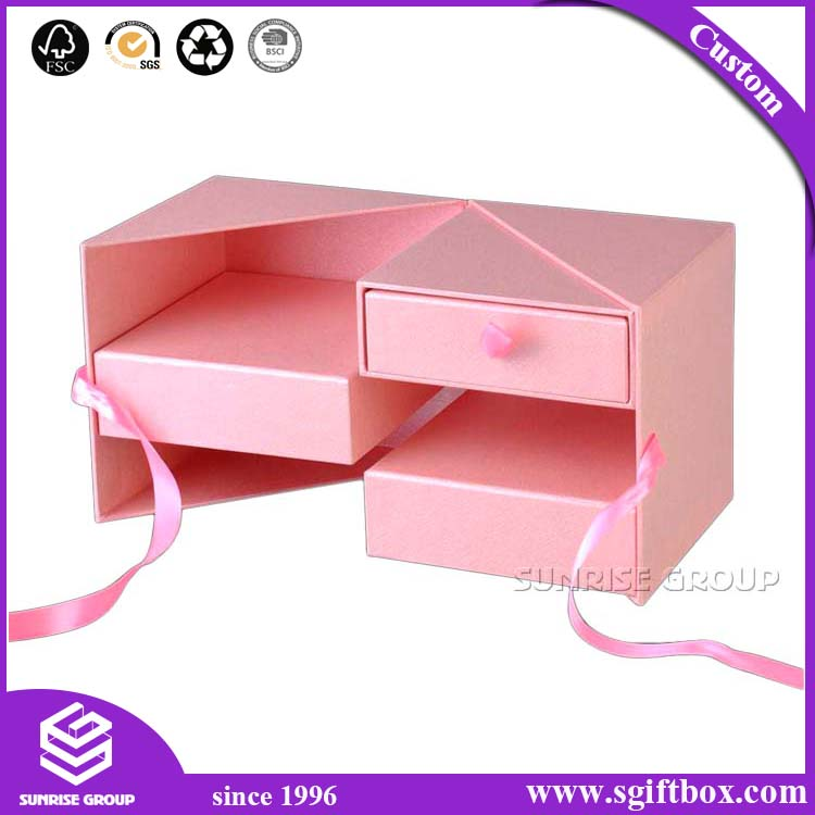 Custom Embossed Logo Rigid Cardboard Paper Packaging Gift Box