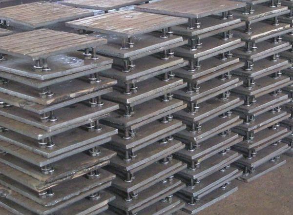 Hardface overlay welding wear tile