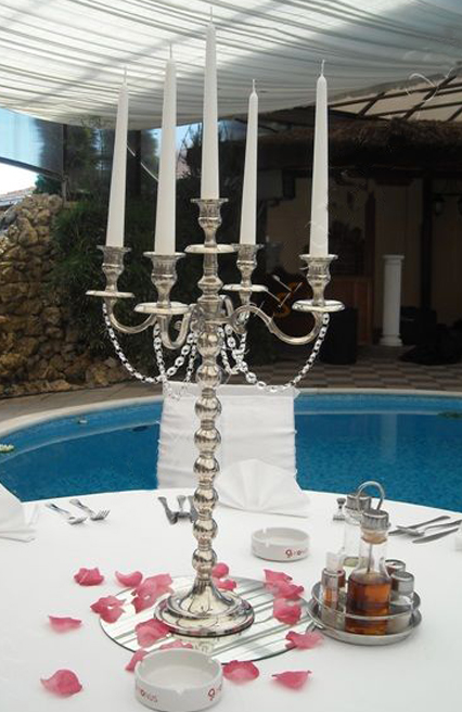 Hotel silver dinner table candle holder with 5 arms