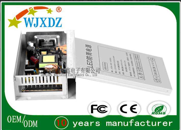 Outside Efficient 240 Watt Rainproof Power Supply 12V 20A 100% Full Load Burn In Test