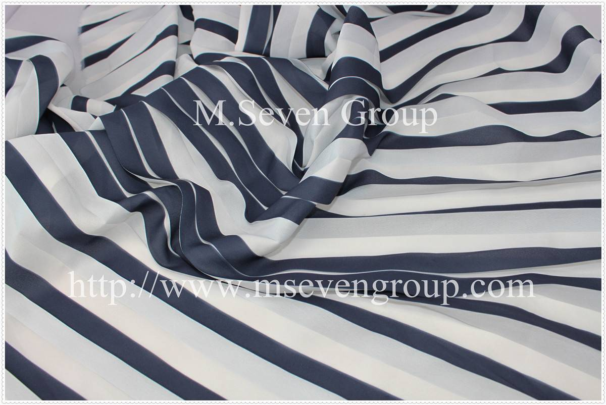 Wholesale fabric in china! Chifon printed fabric in 100% polyester fabric,chiffon pleats fabric