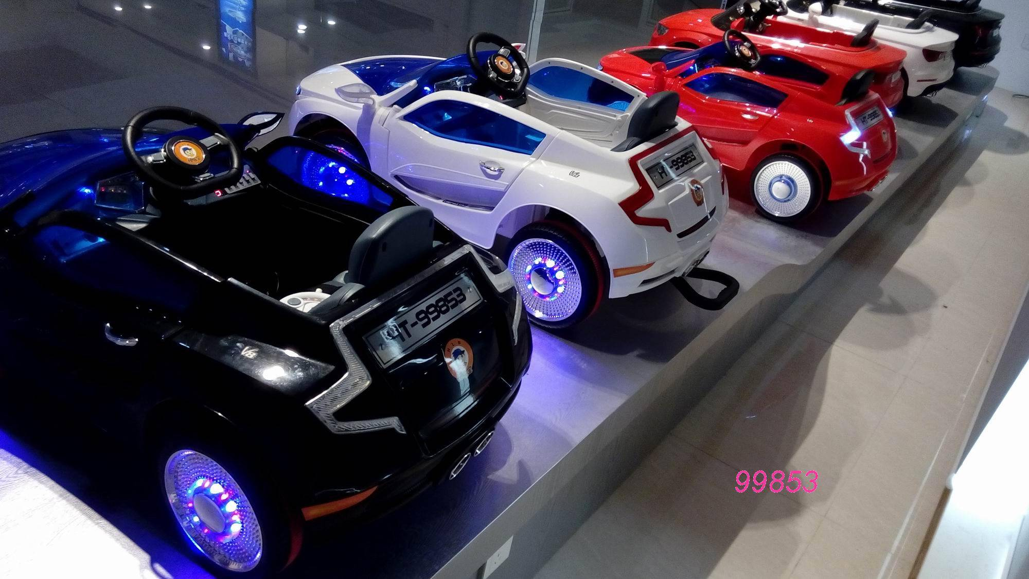 100% original black white red music player open door toy car china factory toy