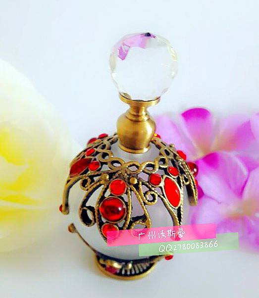 Perfume bottles, metal perfume bottles, metal oil bottles, AlloyHigh-grade metal perfume bottles Emp