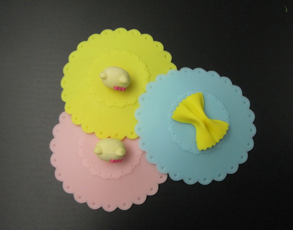 Hello Kitty silicone cup lid cover