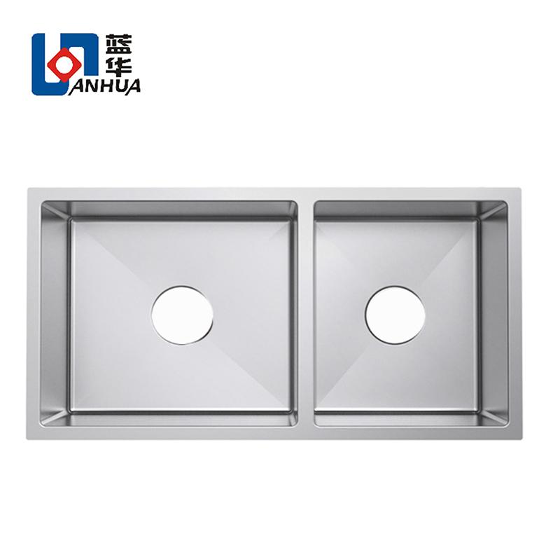 32-inch 50/50 Double Bowl Undermount 16 Gauge Stainless Steel Kitchen Sink