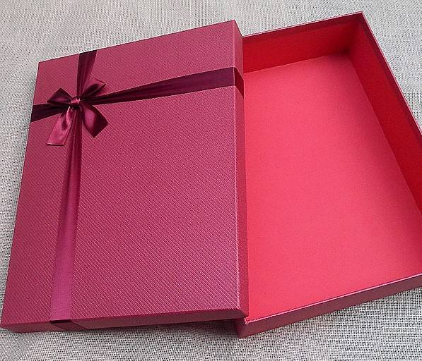 Wholesale Recycled color Paper Gift Box
