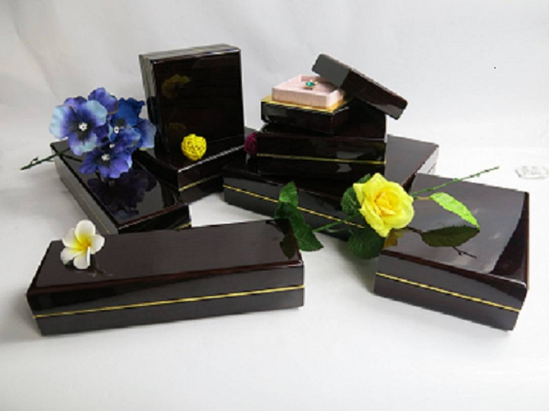 Personalized High Glossy Wooden Jewelry Box Set