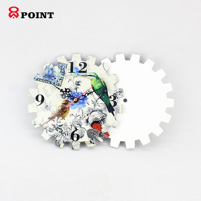 Gear design competitive award craft wooden clock