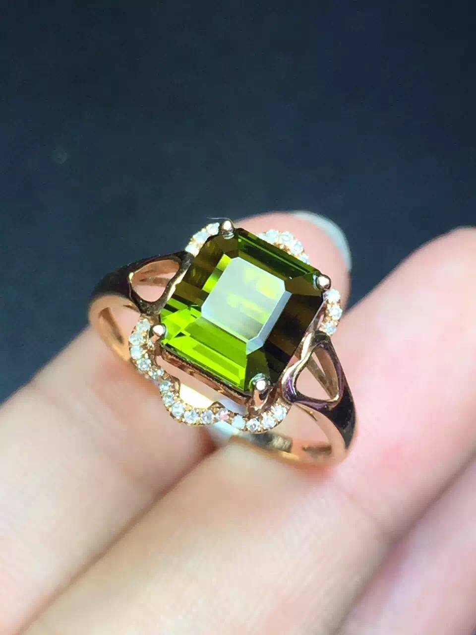 2016 Fashion Hot Sell Natural Tourmaline Ring in 18k gold inlaid with diamonds