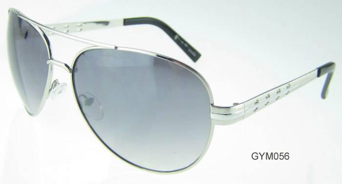 GYM056