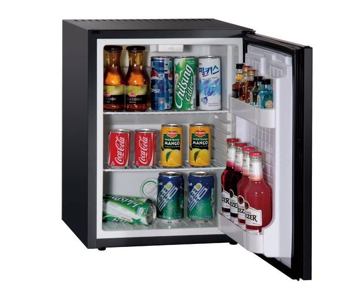 Kitchen Household Appliance Wood Door Beverage Display Refrigerator Wine Cooler