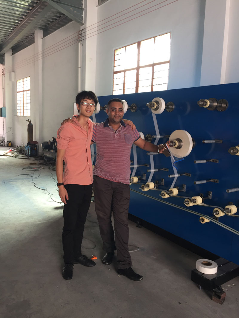 Automatical removable hand-rolling tobacco tissue paper machine