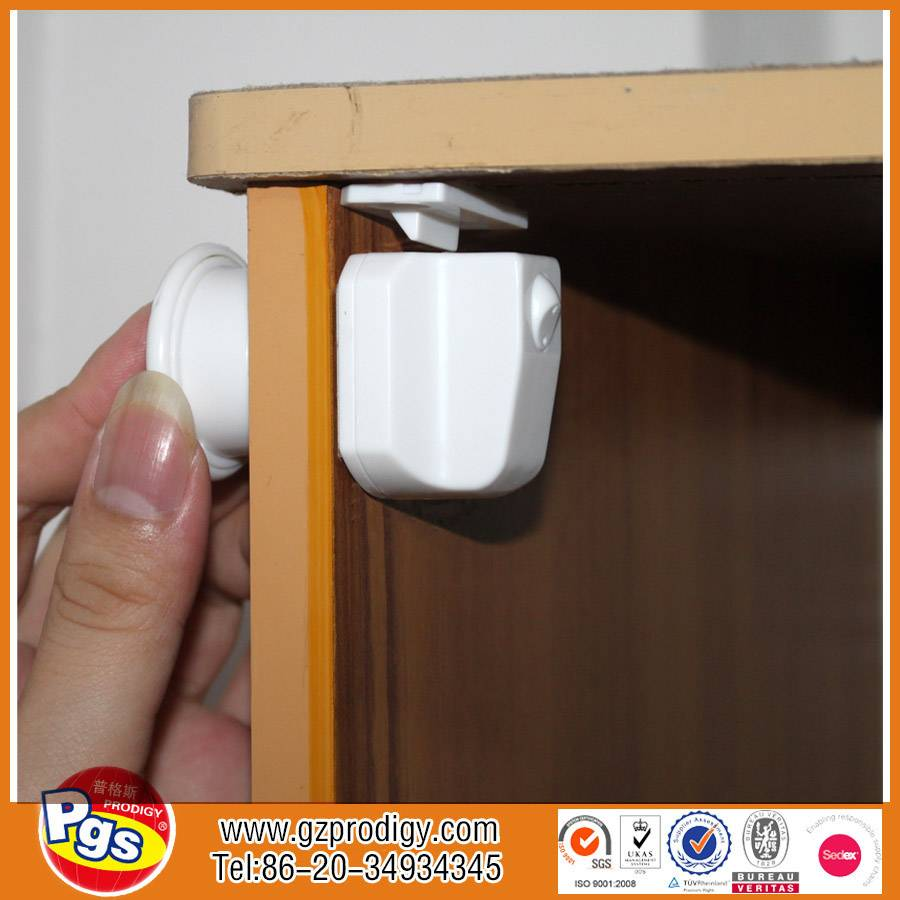 Toddler safety magnetic locks,magnetic baby safety cardboard lock