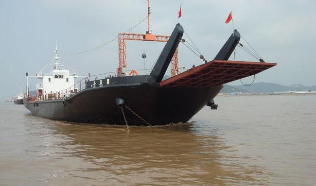 3500 barge