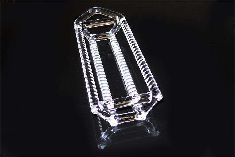 Quartz glass boat
