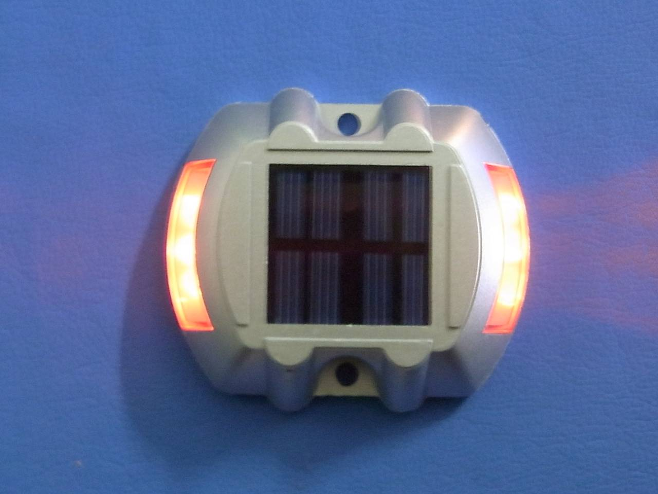 Factory price solar road stud