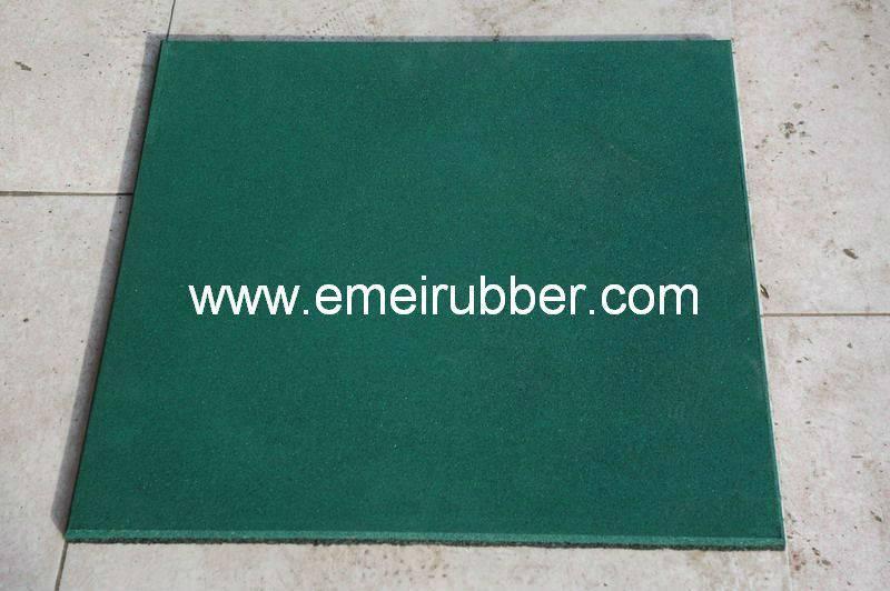 anti- slip rubber floor for backyard