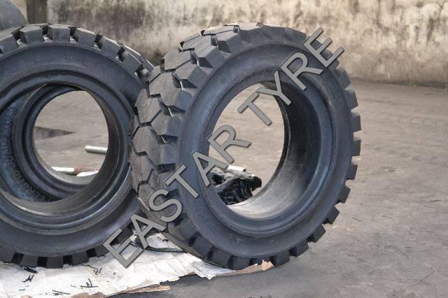 Forklift Solid Tyre (250-15)