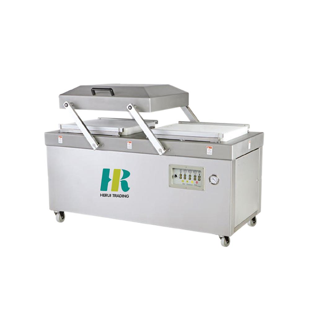 Automatic vegetable vacuum packing machine
