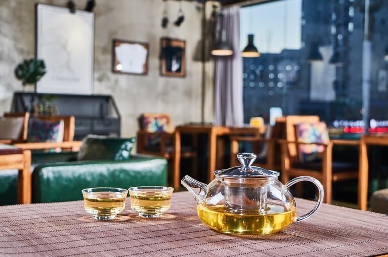 Heat Resistant Borosilicate Glass Metal Filtering Tea Maker Teapot