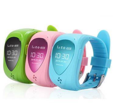 2015 popular gps kids cell phone smart tracker watch with rubber colors