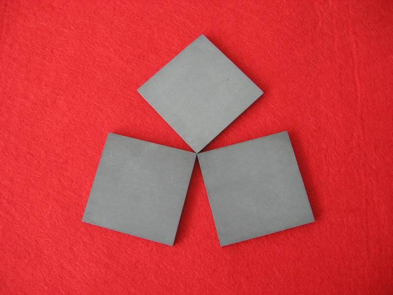 GPS silicon nitride ceramic plate