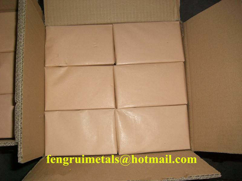 Hot sale fine blue shoe tack nails in carton