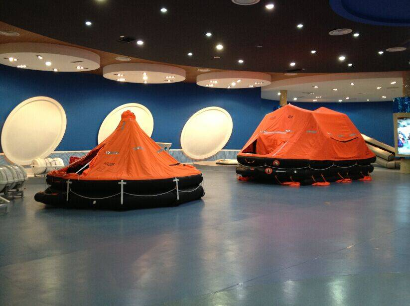 Rubber durable marine life raft manufacture