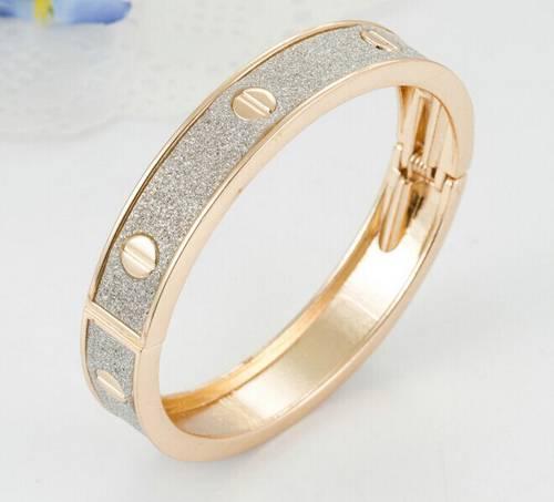 China Manufacturer 2015 Newest Fashion Bracelets Jewelry Charms