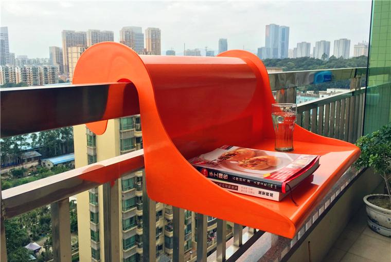 Balcony Handrail Desk with planter, storage space