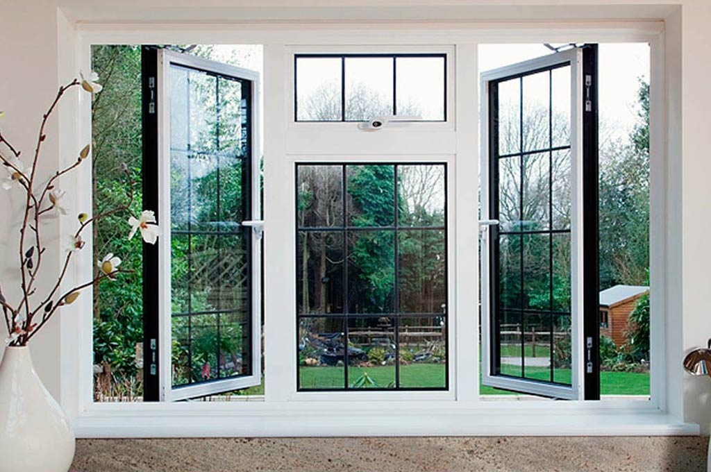 Australian standard AS2047/AS2208 aluminum casement window with blinds