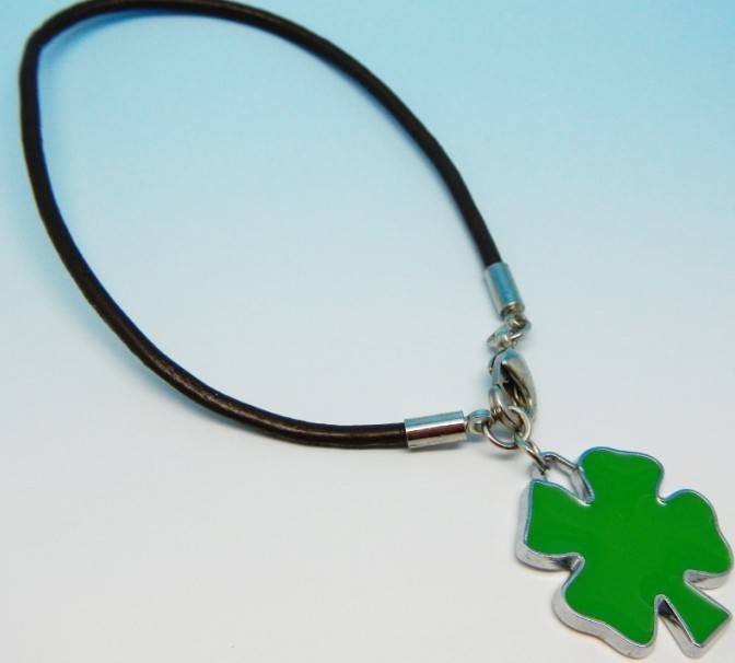 selling people's lucky four-leaf clover friendship leather rope wristbands bracelets