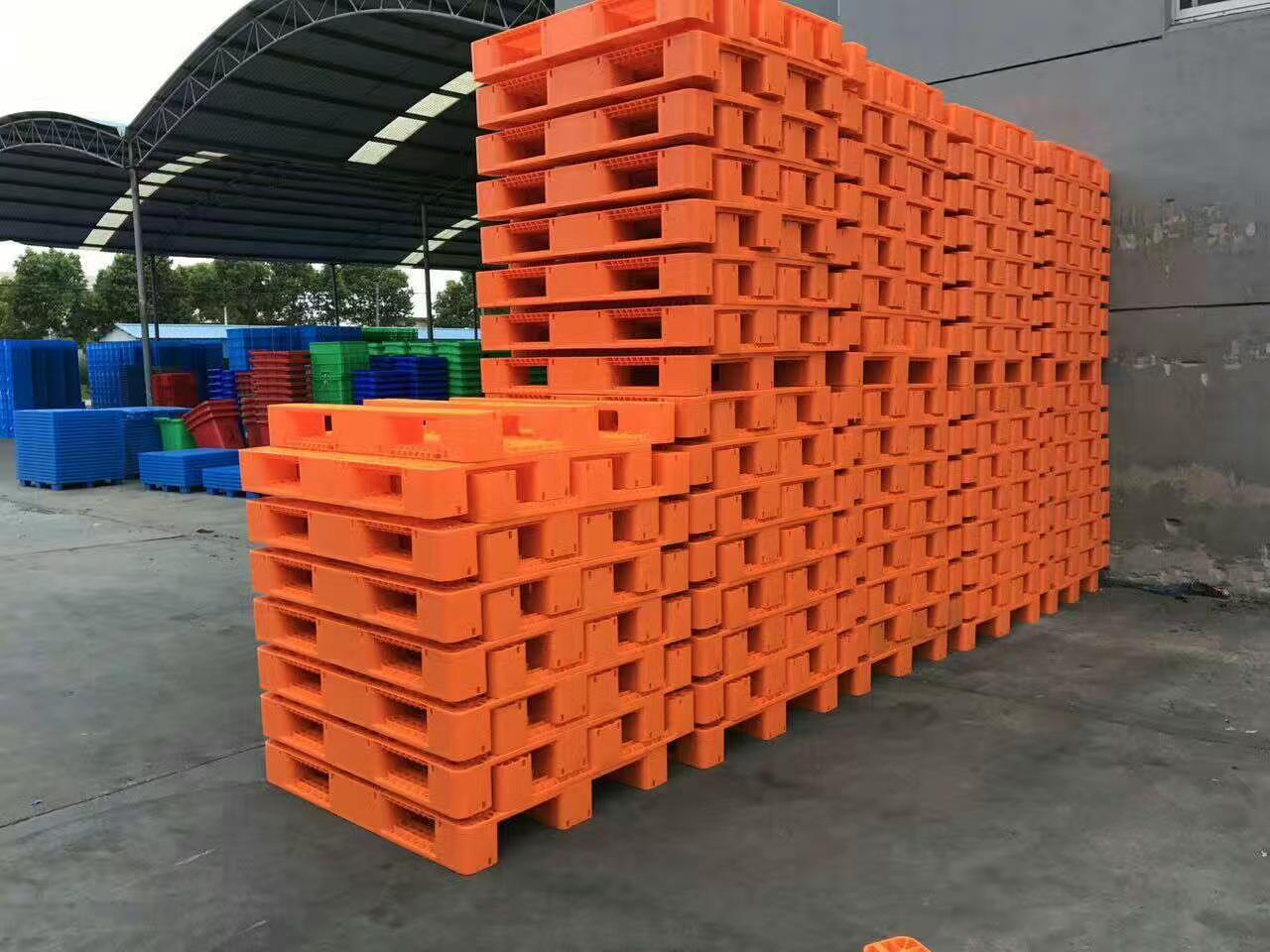 1208 Euro standard size Stackable Plastic Pallet