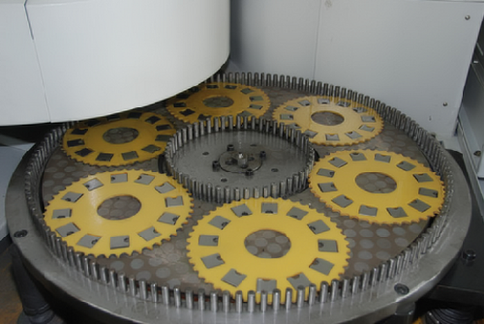 Compressor parts surface grinding machine